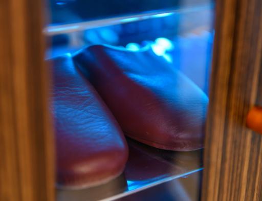 紫外線殺菌機能付きスリッパBOX